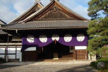 东本愿寺邂逅僧人