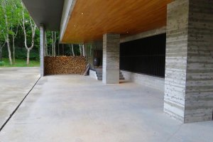Ryokan entrance - stunning minimalist design