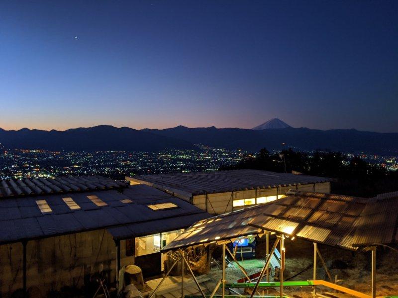 Before dawn at Hottarakashi Onsen