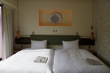 Twin room with two single beds at Hotel Anteroom in Kujo one stop south of Kyoto