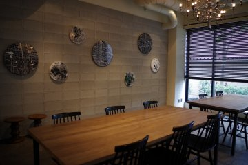 <p>Dining table in the restaurant&nbsp;at Hotel Anteroom Kyoto</p>