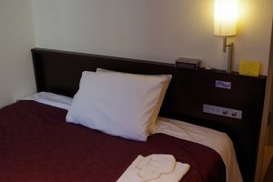 Single room of Hotel ibis Styles Kyoto Station which is located just outside Hachijo Exit of JR Kyoto Station