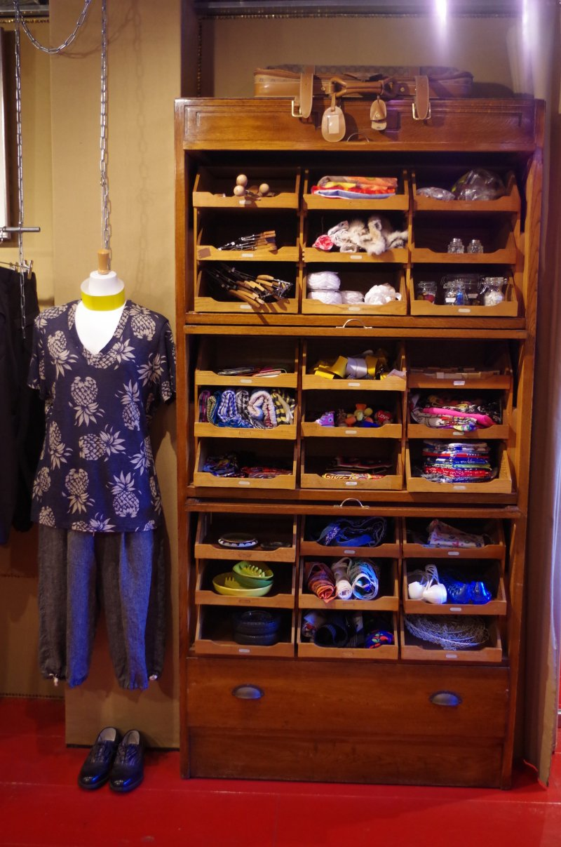 Highly wearable shirts and accessories at Dorama Vintage Boutique near the Kyoto City Hall