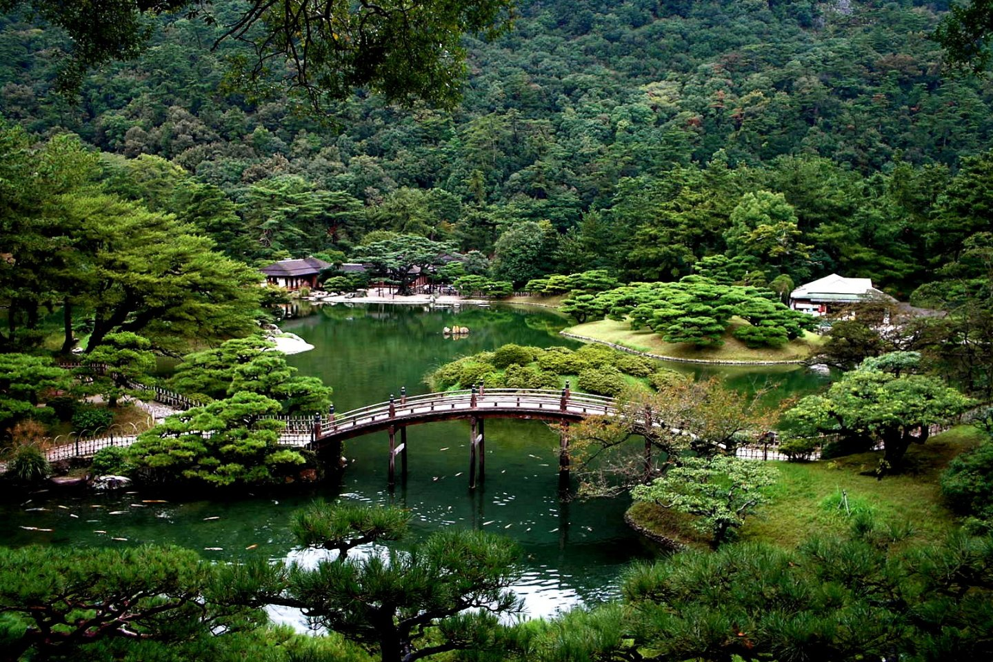 Ritsurin Garden - just one of the attractions to enjoy in Shikoku