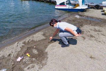 Dig your own Hot Spring at Lake Kusharo