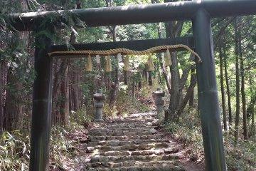 The entrance to Chihaya Shrine