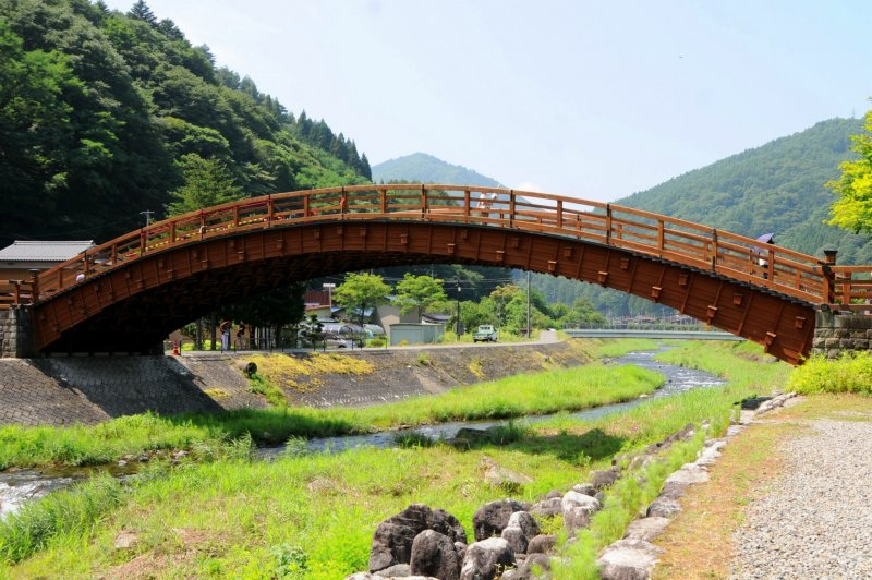 The Kiso Ohashi bridge which spans the Narai-gawa