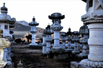 Makabe stone lanterns, Ibaraki (colour filtered)