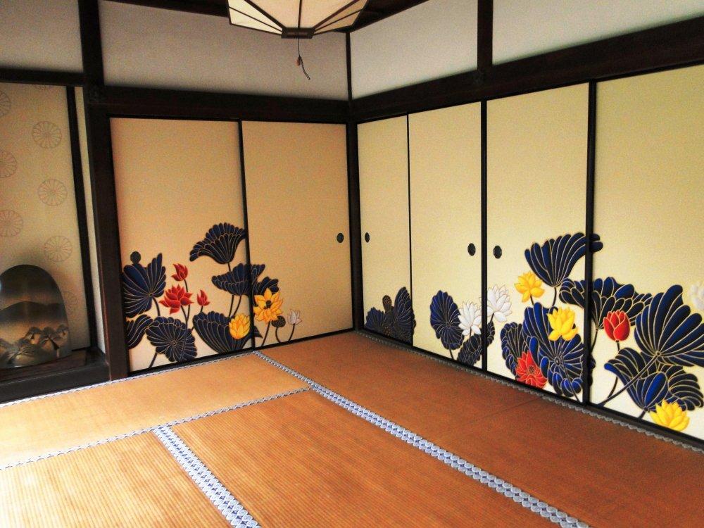 Painted doors at Shoren-in Temple