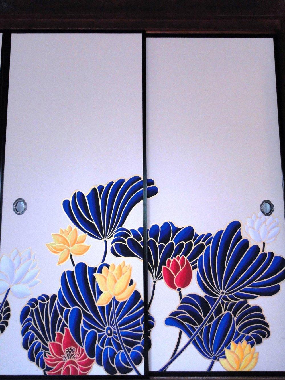 Bold colors mark Shoren-in's sliding doors