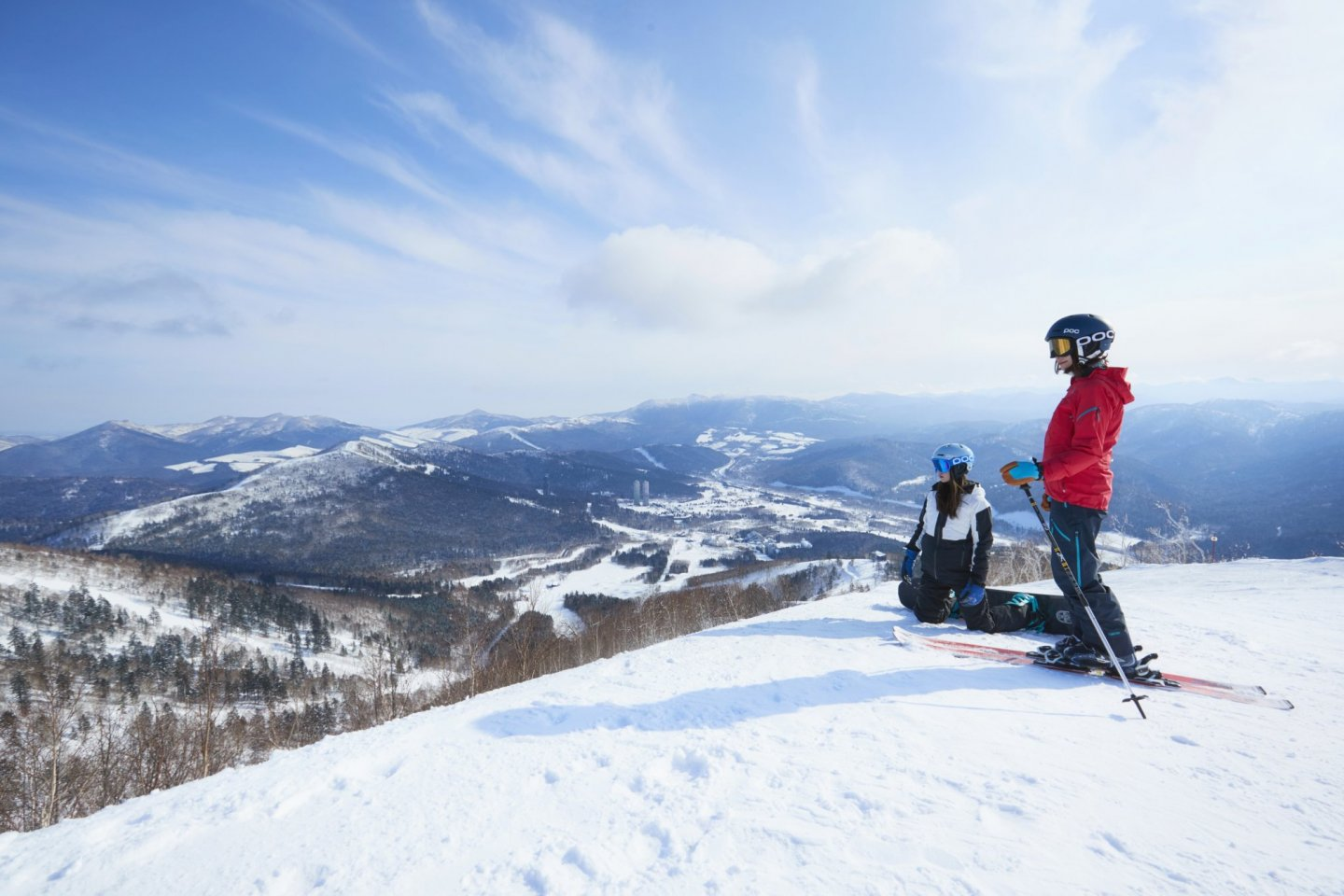 Imagine skiing on top of the world in a few hours from landing at Chitose Airport