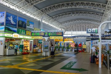 The interior of the Shinkansen terminal is very pleasing to the eye