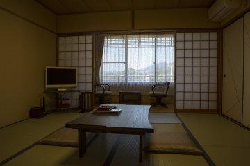 The Shimogamo type room sleeps 2-3 people at Higashiyama-so Ryokan Kiyomizu