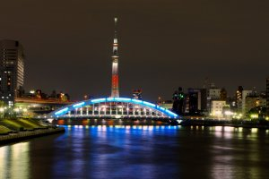 Skytree will be illuminated in two different ways during the festive season