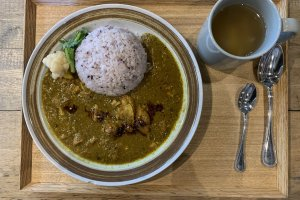 Spicy Chicken Curry with Hot Ginger Tea