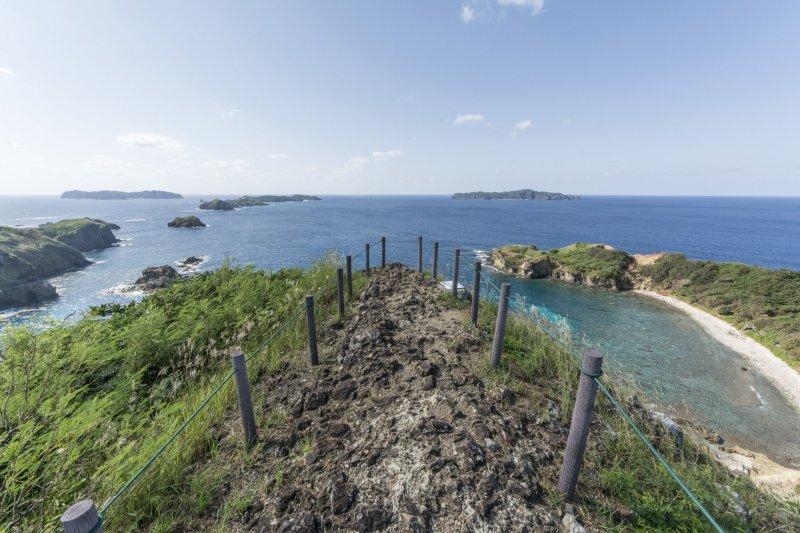 The island view from Hahajima