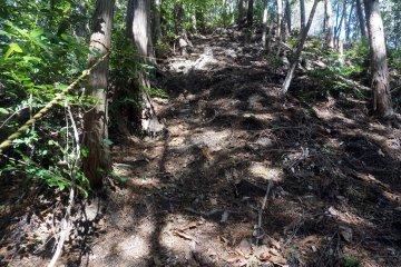 The climb to Kyozuka 18