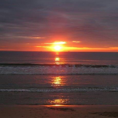 美得不像话的若松海岸