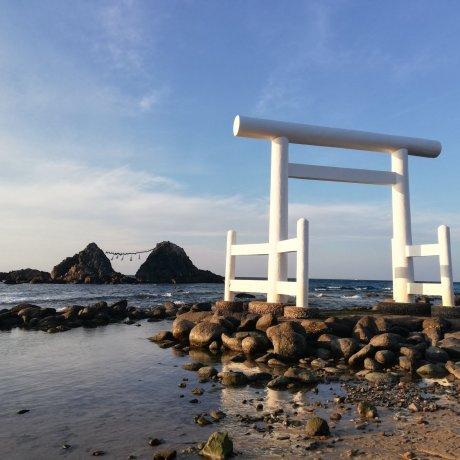 Sakurai Futamigaura in Itoshima
