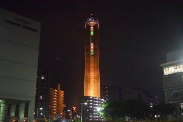 The Kaikyo Yume Tower is unmissable on the Shimonoseki skyline