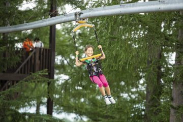 Choose from a zipline experience or an all-you-can play super passport