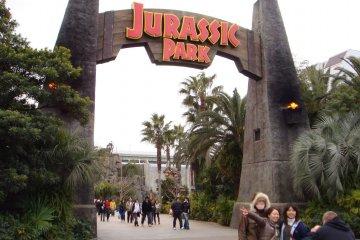 Head to Jurassic Park at Universal Studios Japan