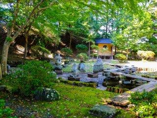 В парке имеется также маленький японский сад