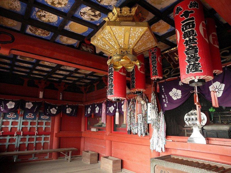 Gakke Kannon interior