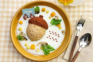 The acorn stew is adorably presented