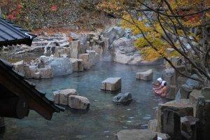 Takaragawa Onsen in autumn