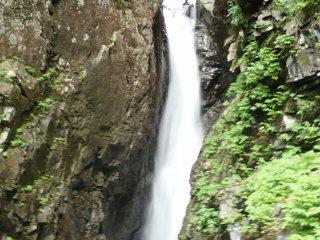 Nishi Kuro Falls