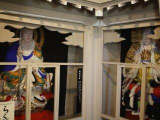 The many Buddha deities inside Kannon-sama