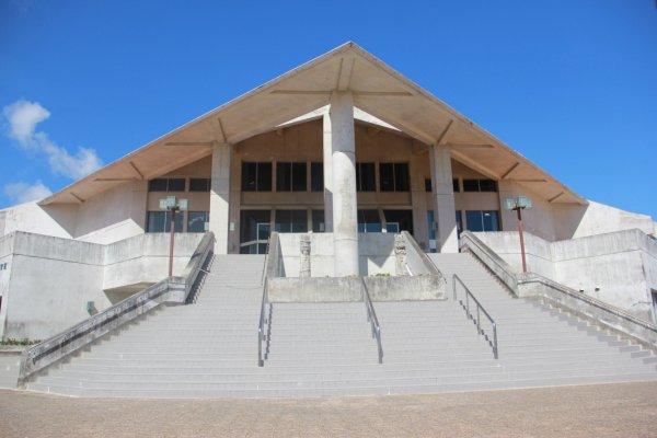 An arts Center at Tropical Beach and Park