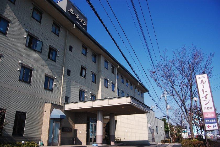 ด้านหน้าโรงแรมรูธ อินน์ อิเซซากิ