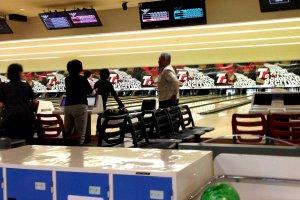 Take the trip fantastic at Kispa La Park Bowling Alley at Haruki Kishiwada City Osaka