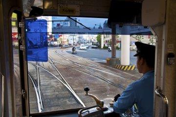 운전자의 관점에서 보면 시내 전차 길