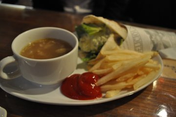 6889 Café, Minami Machida [Closed]