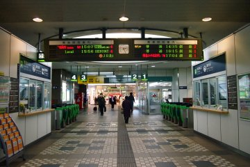Local lines and rapid express trains from Hokkaido run through Obihiro station