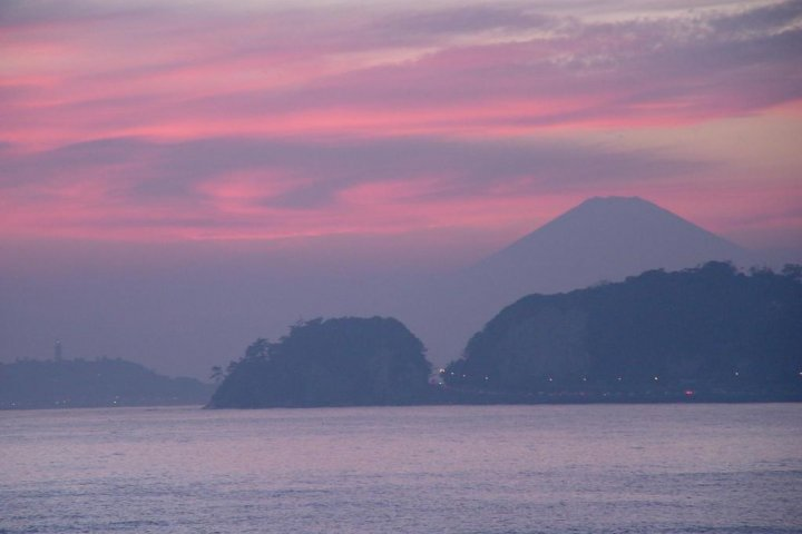 Photographing Mt. Fuji from Beach