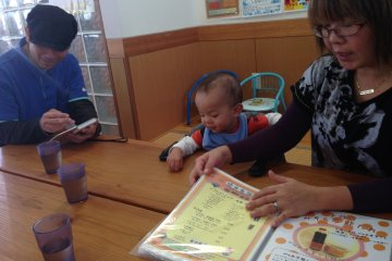 <p>I haven&#39;t found too many wait staffs in Okinawa as thankful for my patronage and as professionally attentive as that at Pyua</p>