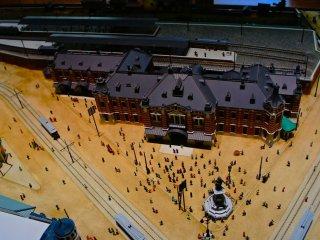 예전 만세이바시 역은 이제 그림과 입체 모형물에서만 볼 수 있다.