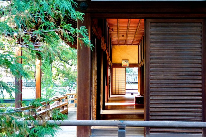 Corridor around the building