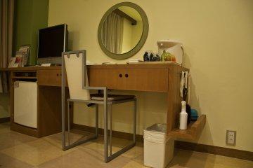 <p>A nice modern&nbsp;workstation&nbsp;</p>