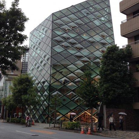 Prada Building แห่ง Aoyama