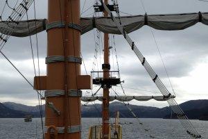 บนดาดฟ้าของเรือรบอังกฤษโบราณ The Victory
