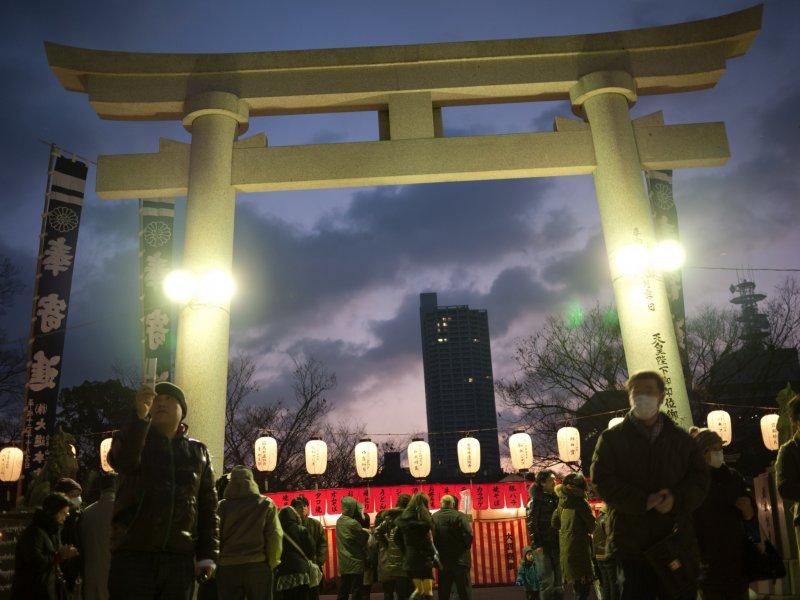 <p>New Year&#39;s Eve at Gokoku Jinja</p>