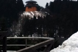 Guests may go to the top of this mountain observation tower. Unfortunately, it is closed during the winter season.