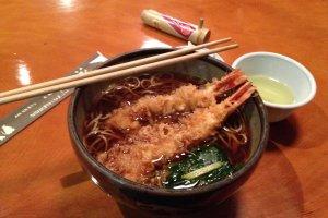 โซบะเทมปุระ เมนูแนะนำของร้าน ราคา 1,200 เยน