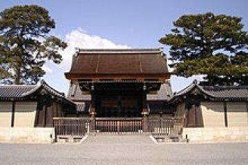 เที่ยมชมพระราชวังโบราณ กรุงเกียวโต