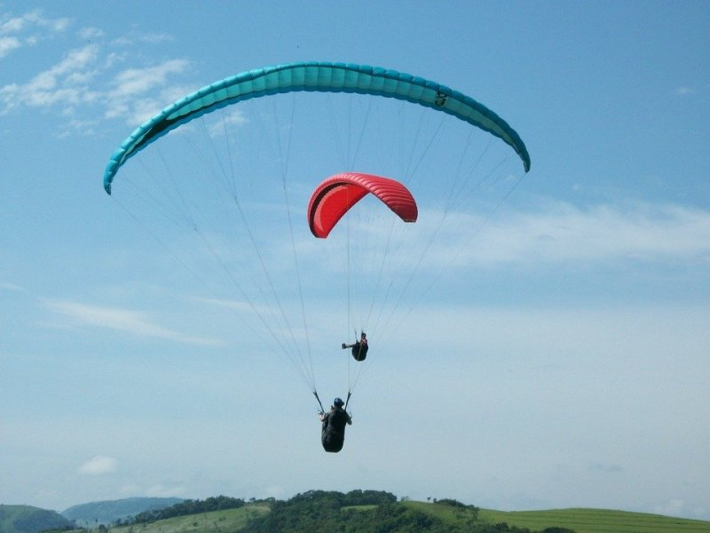 Paragliding in Japan